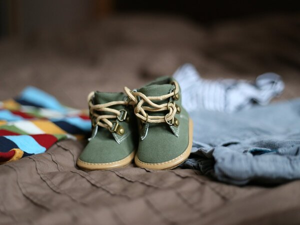 baby-shoes-505471_1920